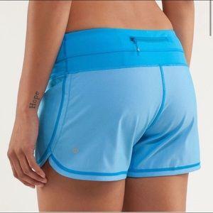 Lululemon 🍋 Groovy Run Shorts Beach Blanket Blue